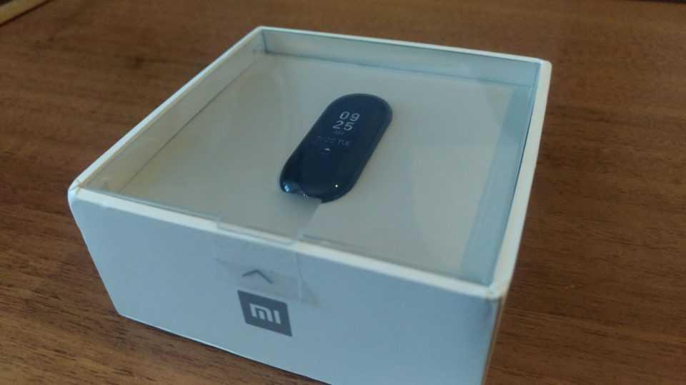 Коробка Xiaomi Mi Band 3